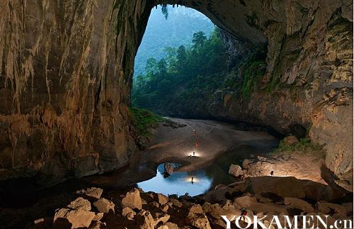 越南韩松洞坐落在老挝和越南边界的峰牙